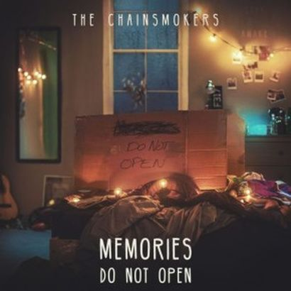the-chainsmokers class=